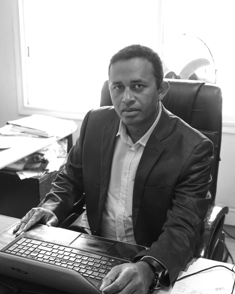 Julah Ali HARINARIVONY  Responsable Département Trésorerie
