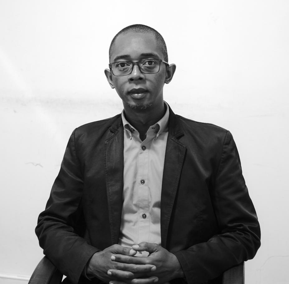Ambinintsoa RANDRIAMARO  Directeur des Ventes, Global Technology