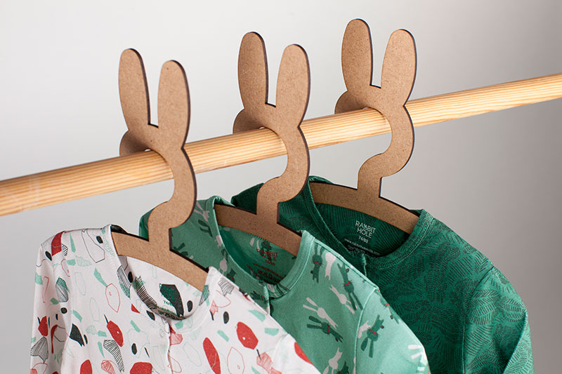 Rabbit-Hole-Packshot-Plus-Hangers-konijn-jumpsuits.jpg