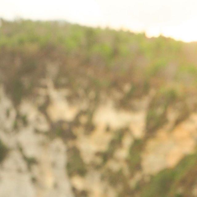 🌊 Always Be Moving. 🌴 •11/12• 📍Nusa Penida, Bali, Indonesia. . . . . . . . . #passionpassport#travelzoo#tourtheplanet#photosfever#topdecker #ilovewanderlust#thetraveltribe#wanderlust_tribe#igrecommend #lwfridays#exploremycity#jetsetter#travelmore#ilovewanderlust #chasingessence#exploretocreate#lifeofadventure#discovervacations #theprotraveler#adventureglobe#travelgram #roundtheworld #worldtrip #travelalone #nusapenida #bali #indonesia #surfwatch #kiteboard