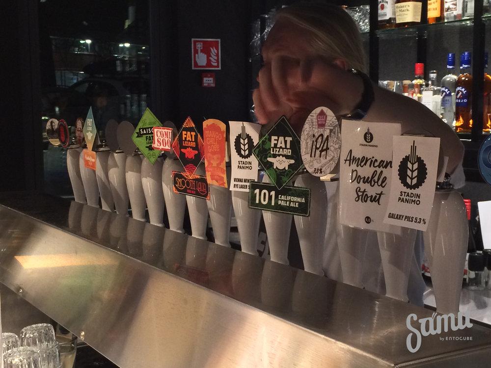 Ravintola Fat Lizard on loistava paikka testata nurkan takana sijaitsevan Fat Lizard-panimon uusia oluita