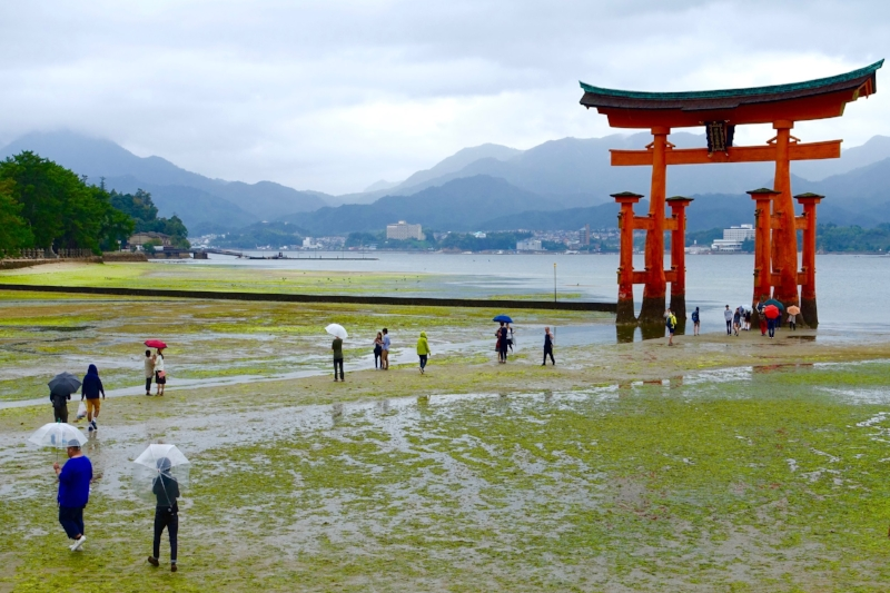Itsukushima Shrine, Miyajima Island, Japan.jpg