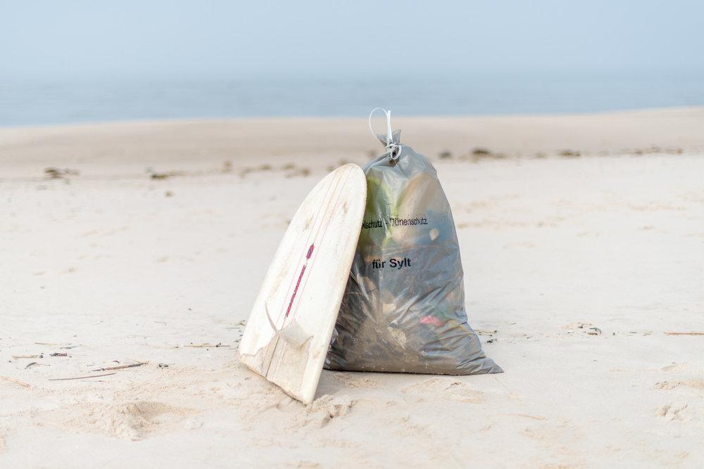 2018-03-25_Beach_Clean_Up_101.jpg