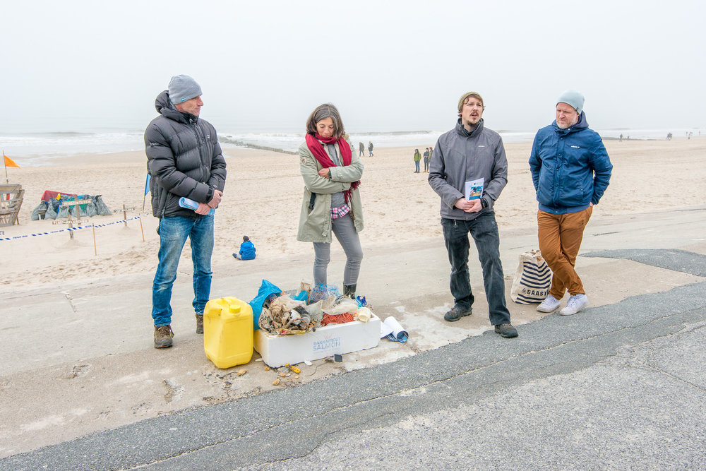 2018-03-25_Beach_Clean_Up_225.jpg