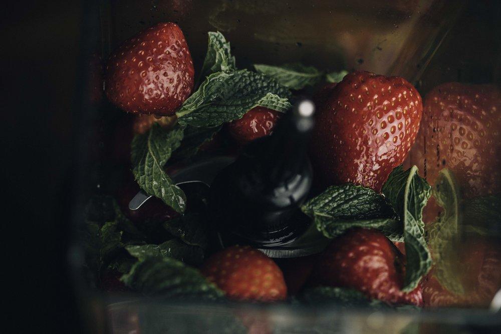 Strawberry Honey Lime Popsicles_11.jpg