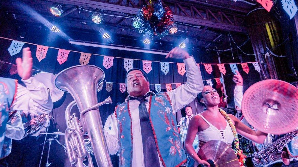 LA PATRONAL  /    Peruvian Brass banda