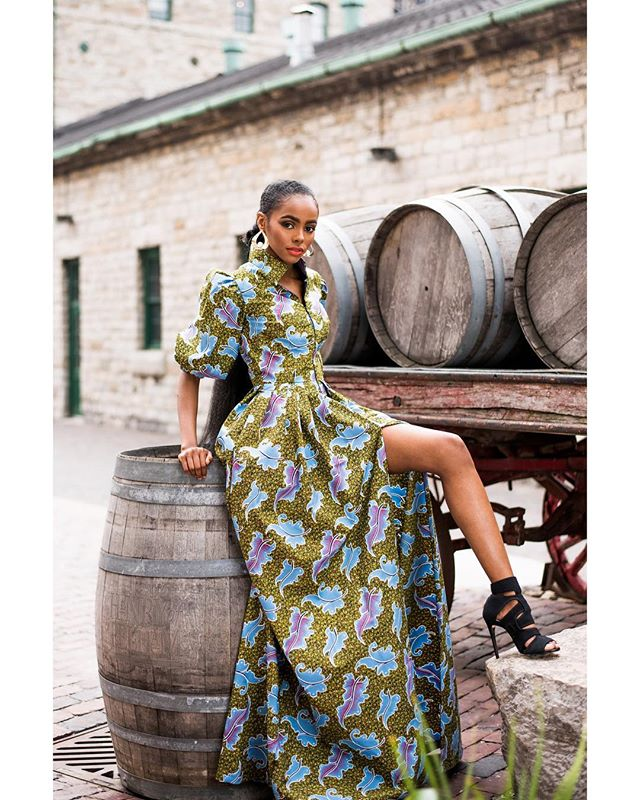 My favourites from Precious Threads by Abiola FW18 ♥️ // Jun 2018 ⠀⠀⠀⠀⠀⠀⠀⠀⠀ model:@beidanismail designer:@preciousthreadsbyabiola styling:@officialwearthestyle makeup:@jacqueartistry photographer:@osatoerebor ⠀⠀⠀⠀⠀⠀⠀⠀⠀ #capturedbyO #africanfashion #torontomodel #torontophotographer #torontoblogger #fashionphotography #beautiful #igstyle #the6ix #50mm #ankara #fallfashion #fw18 #ankaradress #editorialphotography #portrait_perfection #naturallight #prints #africanprints #editorial #distillerydistrict #badgalriri #britishvogue #vogue #published #tbt #designerprofile #bigfashion