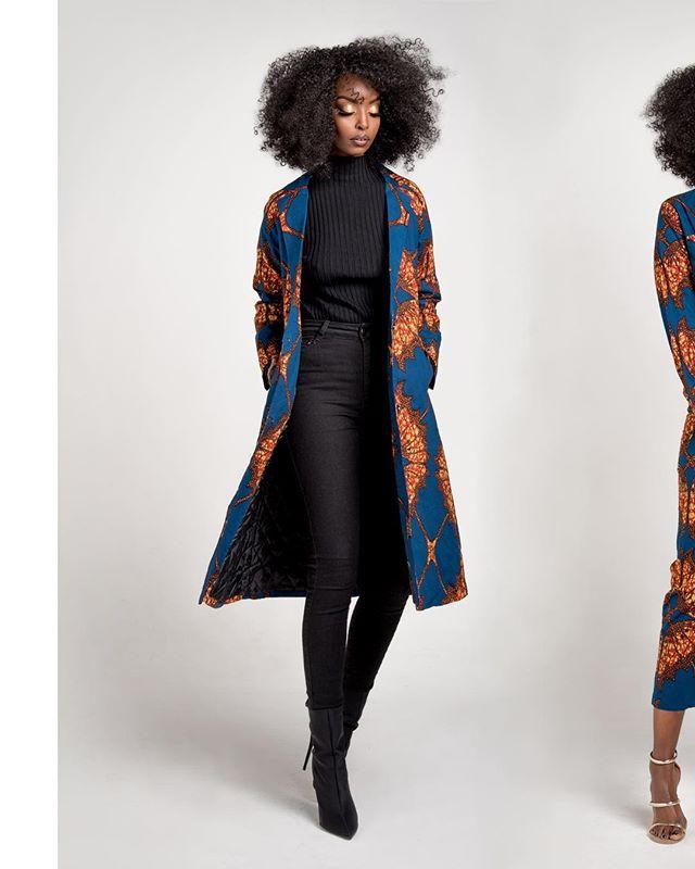 more Peace ✨ Ofuure FW18 // Oct 2018 ⠀⠀⠀⠀⠀⠀⠀⠀⠀ Designer: @ofuure Model: @peacehaje Styling: @benjiidenim Makeup: @facesbypureness Photographer: @osatoerebor ⠀⠀⠀⠀⠀⠀⠀⠀⠀ #capturedbyOE #PeaceisMagic #africanfashion #torontomodel  #torontophotographer #torontoblogger #fashionphotography #ankara #fallfashion #fw18 #naturallight #prints #africanprints #catalogue #ankara #productphotography