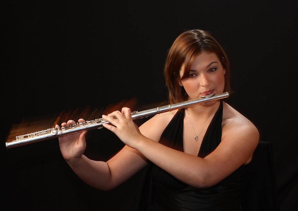 IMG_9600_wendy-portrait-flute.JPG