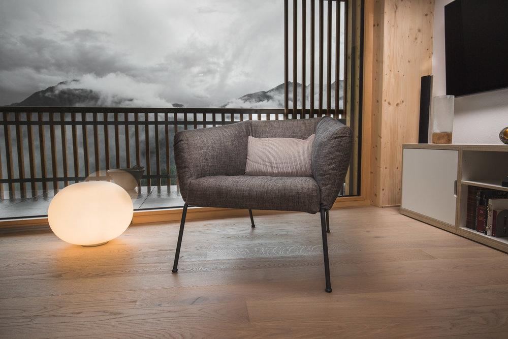 Dachwohnung In Trin — Vinval Gestaltung