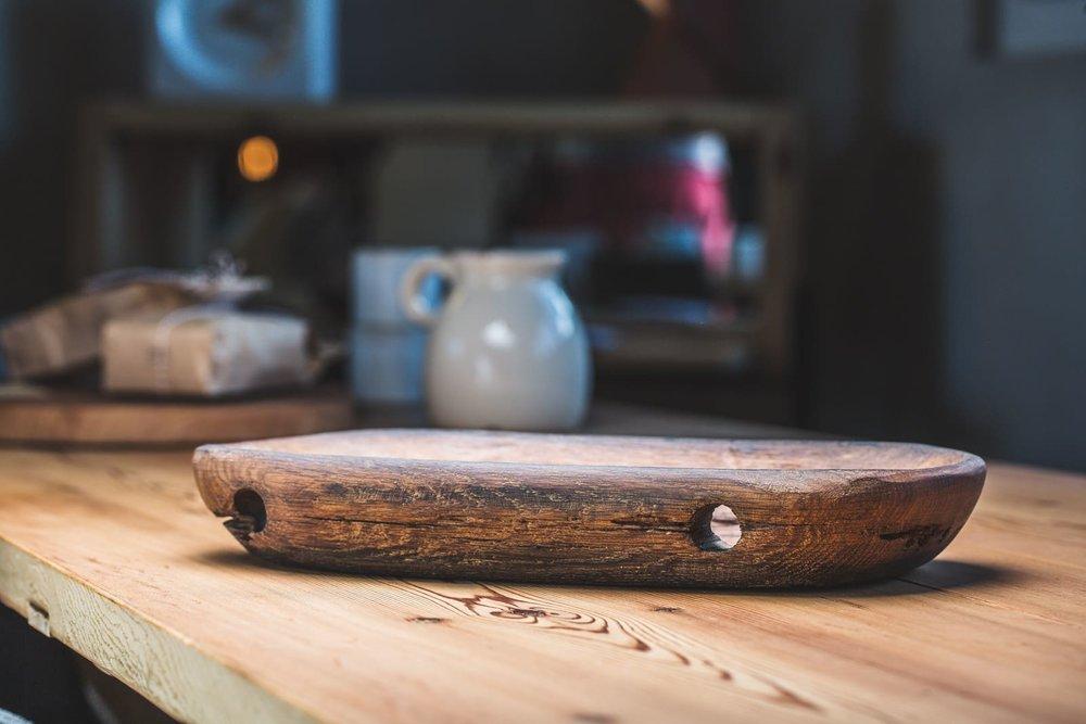 Holzschale aus einem alten Fass hergestellt