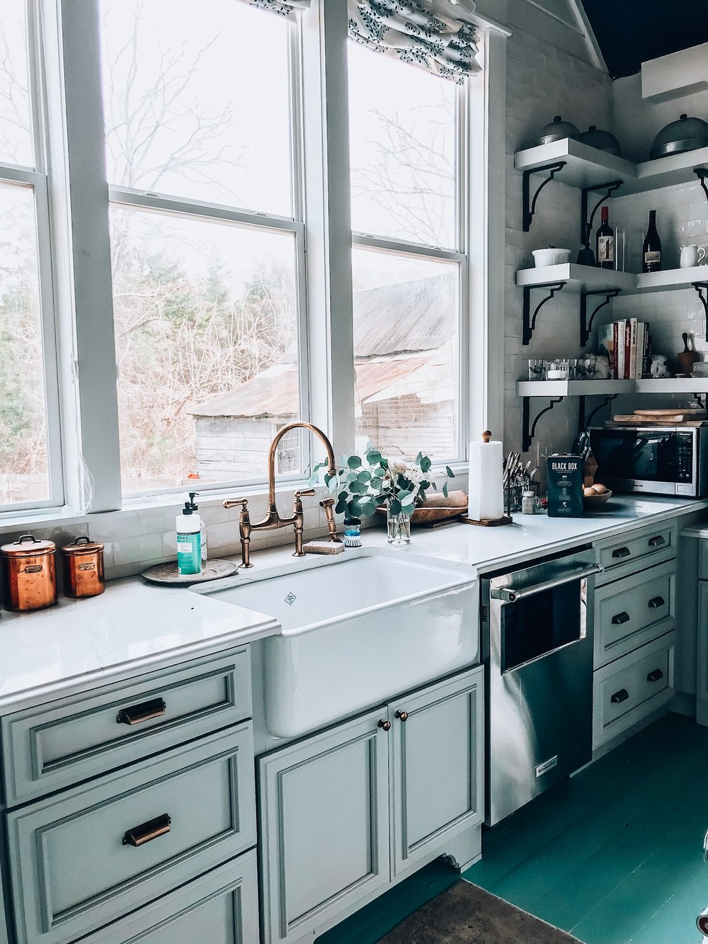 Kitchen, farm sink, dietitian, foodie, food blogger, girls trip, Nashville