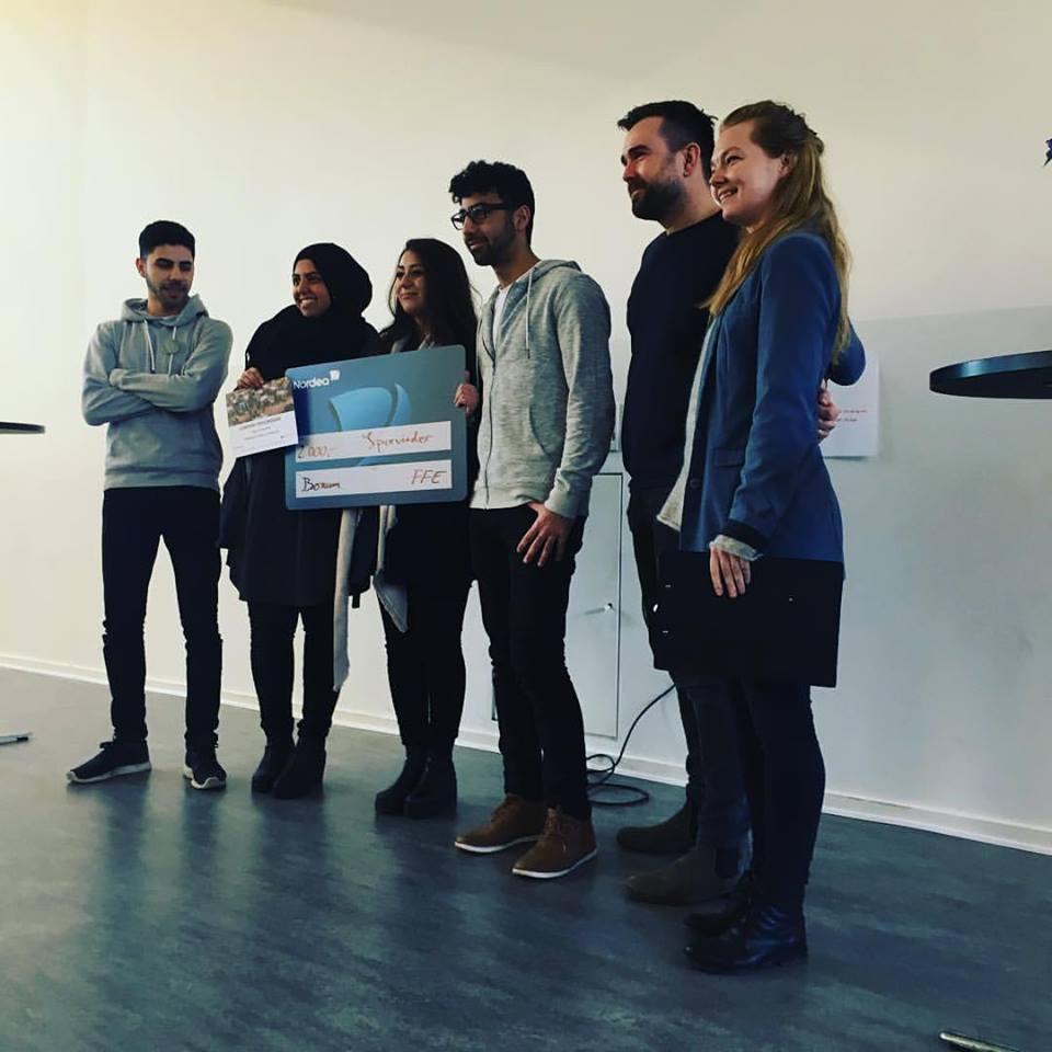 Fonden for Entreprenørskab -  Dommer i innovationskonkurrence.  Vi har flere gange bedømt de håbefulde studerende, som har deltaget i Fonden for Entreprenørskabs innovationskonkurrencer. Det er studerende fra Danmarks gymnasielle uddannelser, som deltager.