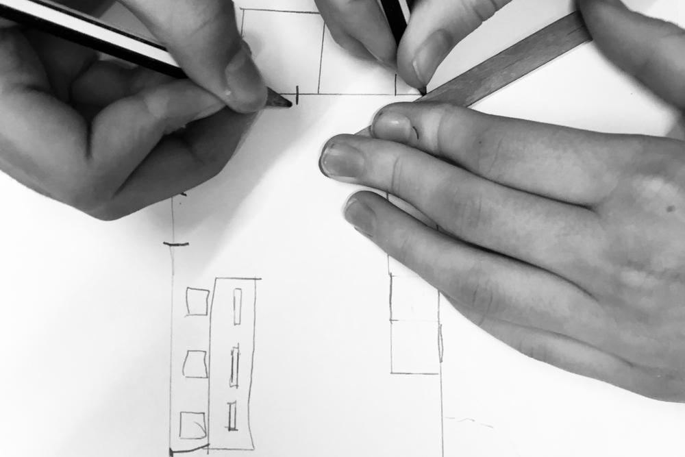 Design Thinking - Eleverne føres gennem en iterativ design proces og ender ud med et færdigt produkt.