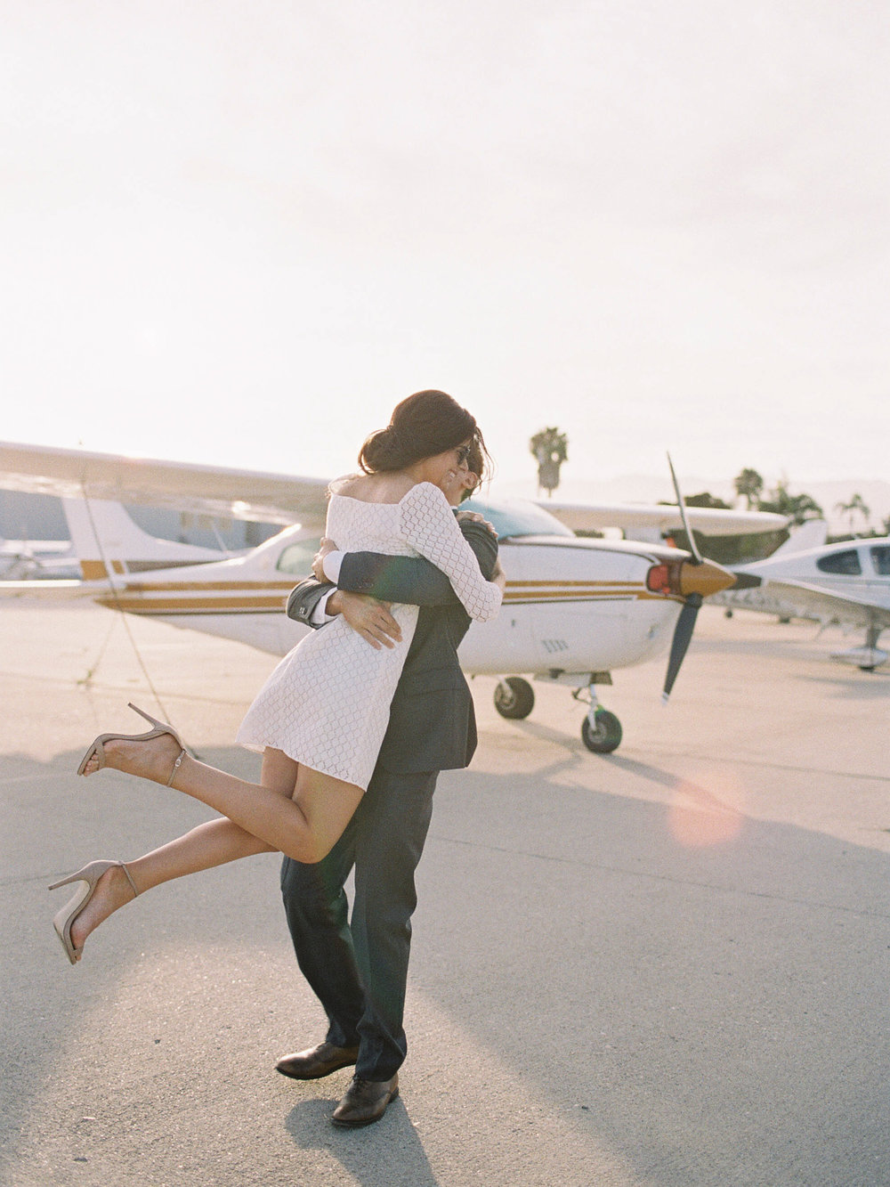 airport-engagement-shoot-4.jpg