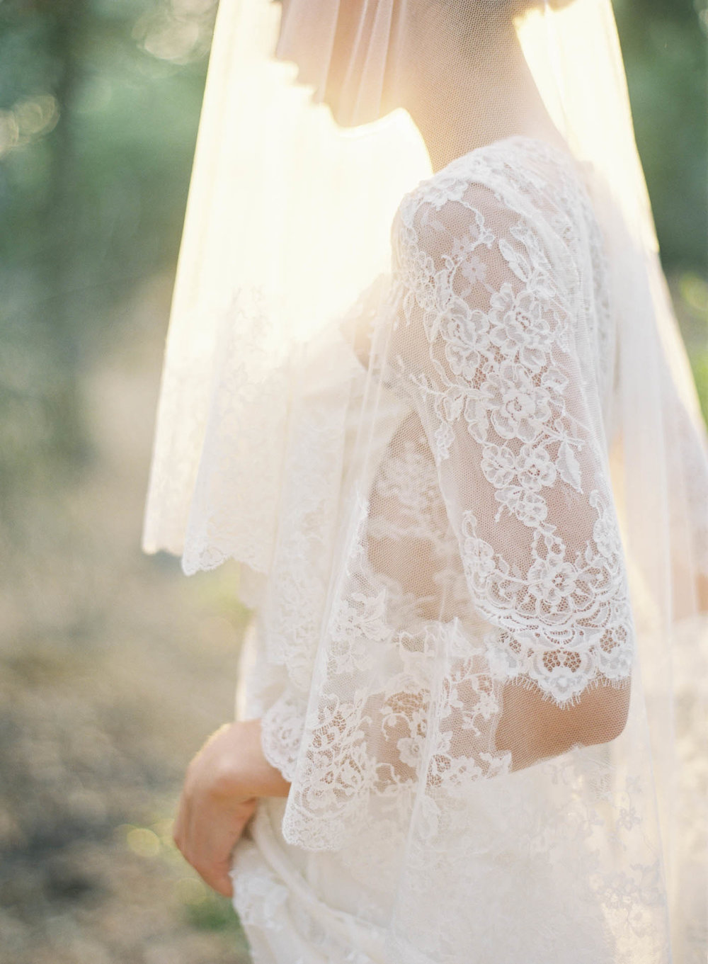 lace-sleeve-gown-4-Jen_Huang-002799-R1-012.jpg