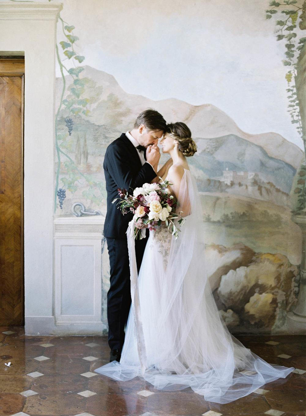 Villa_Cetinale_Wedding-24-Jen_Huang-ElanJacob-190-Jen_Huang-007308-R1-012.jpg