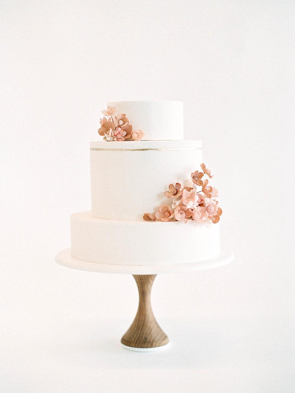 Delicate-Wedding-Cakes-4-Jen_Huang-002343-R1-028.jpg