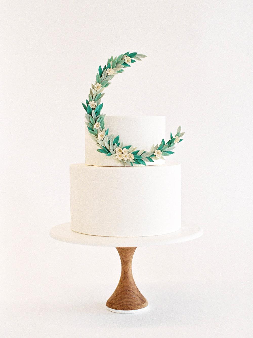 Delicate-Wedding-Cakes-10-Jen_Huang-002343-R1-009.jpg