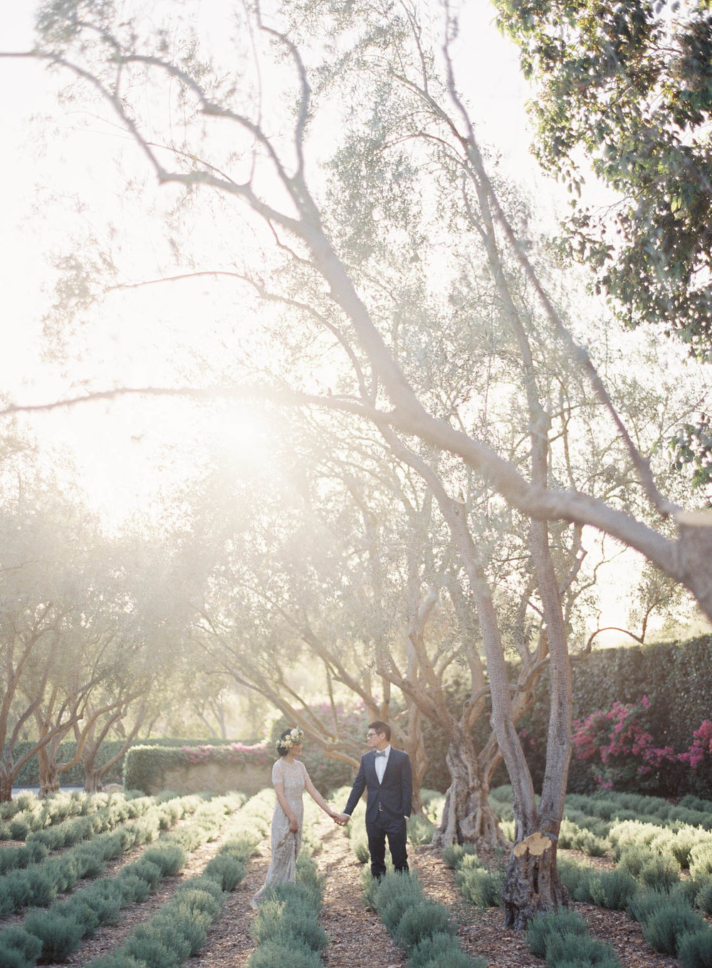 san-ysidro-ranch-garden-wedding-jen-huang-12.jpg