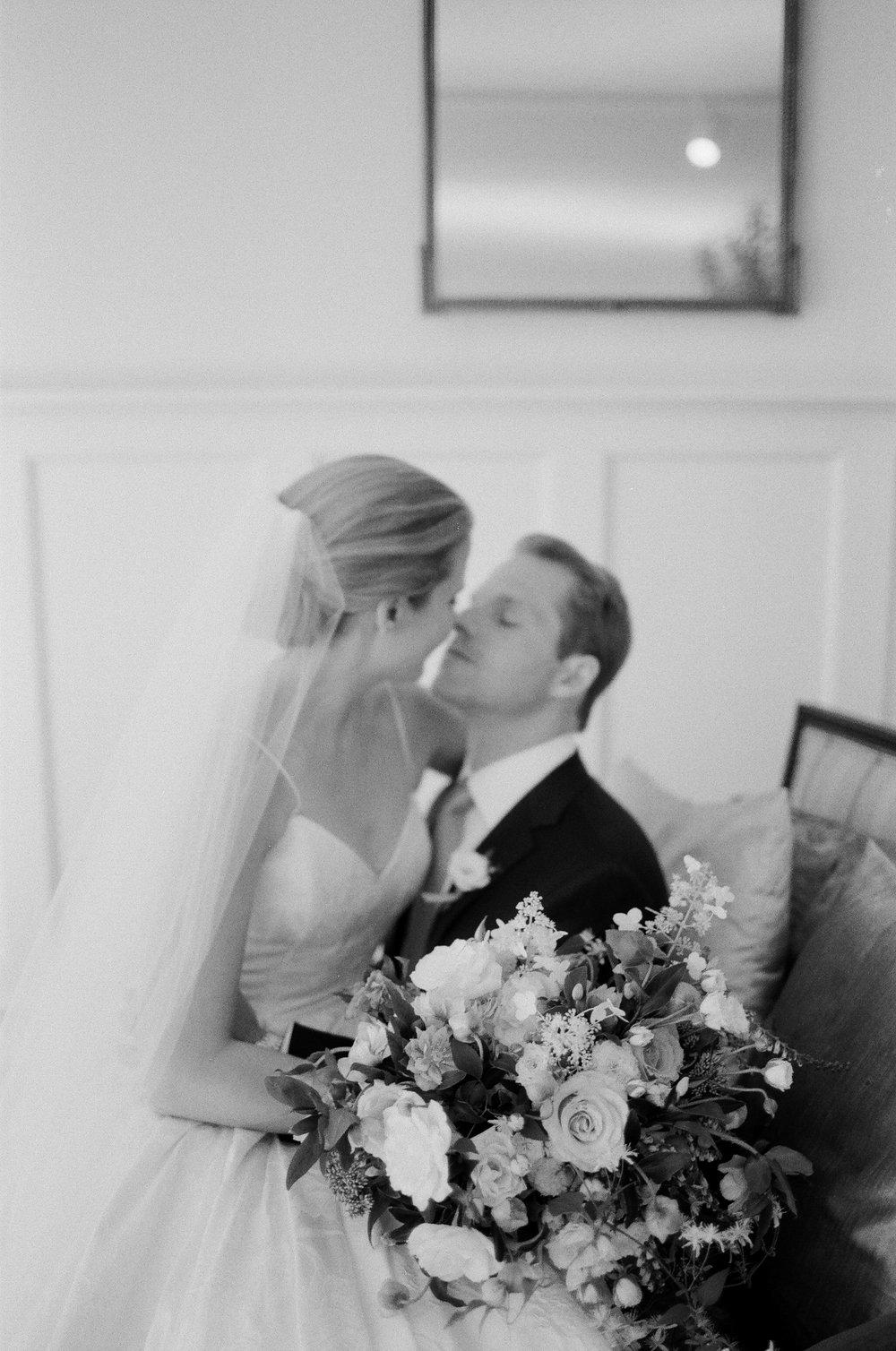 Connecticut-Wedding-8-Jen-Huang-20170909-KB-549-Jen_Huang-000021910035.jpg