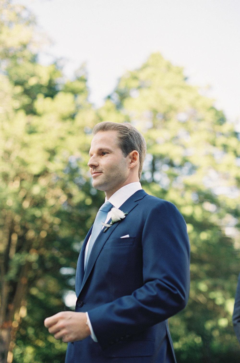 Connecticut-Wedding-33-Jen-Huang-20170909-KB-206-Jen_Huang-006798-R1-008.jpg