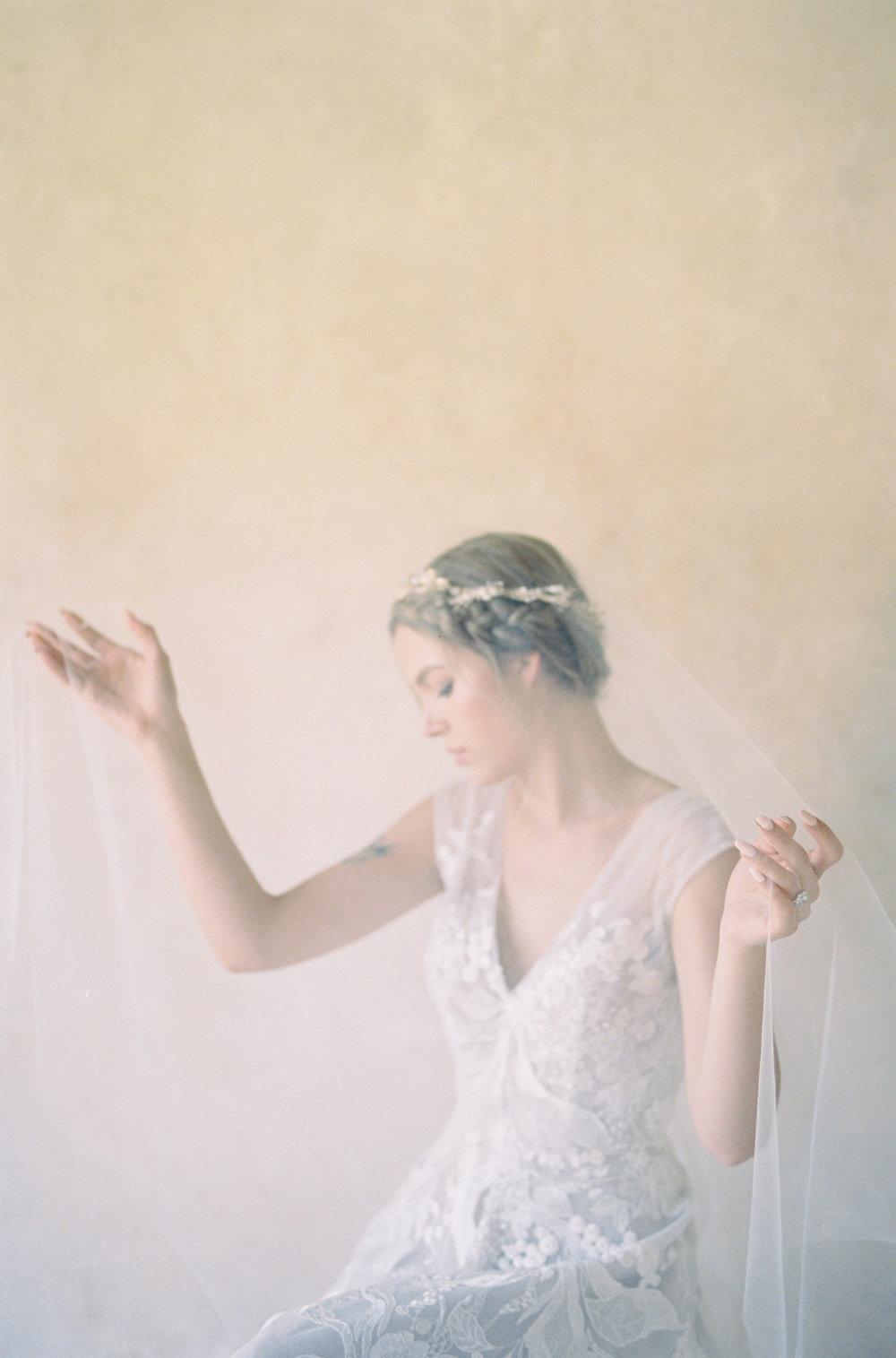 Bridal-Hollywood-31-Jen_Huang-032493-R1-031.jpg