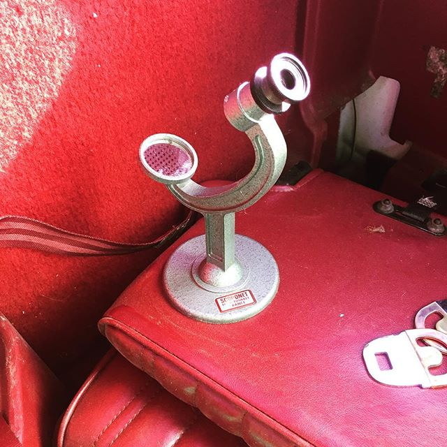 My latest #junkyard find! I found this in the back of a pickup truck. Apparently it's used for magnifying photography film.  #carart #monochromatic #scoponet #vintagephotography #detroitjunkyard #detroitfinds