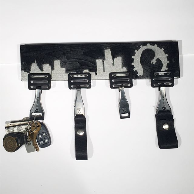 I made these fun key holders using parts I was given from a child car seat recycling event hosted by @ford in #Dearborn. Parts are inthe second photo. Email if interested! I have no idea what to charge for it... #recycling #upcycled #upcycling #detroitskyline #utilitarian #wastenaughtwantnaught