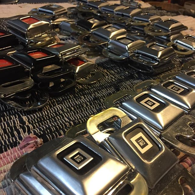 Sew many buckles!  #salvaged #upcycled #junkyard #vintageautomobile #menswear #unisex #seatbeltbelt #carbelt