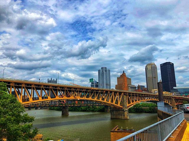 Pittsburgh views • • #pittsburgh #threerivers #cityofbridges #steelcity #rainmatters #sunnydays #pittsburghviews