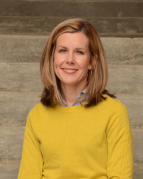 Dr Kelly Hughes