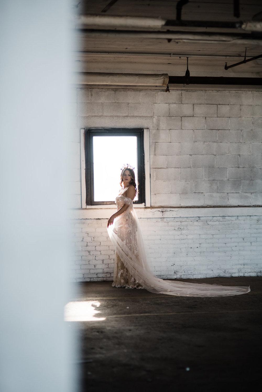 Galia-Lahav-StyledShoot-Chelsea-Hall-Photography-Dayton-OH-17.jpg