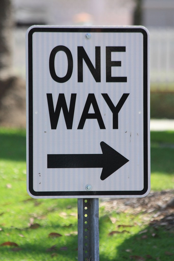 sign-one-way-10811279677922QRem