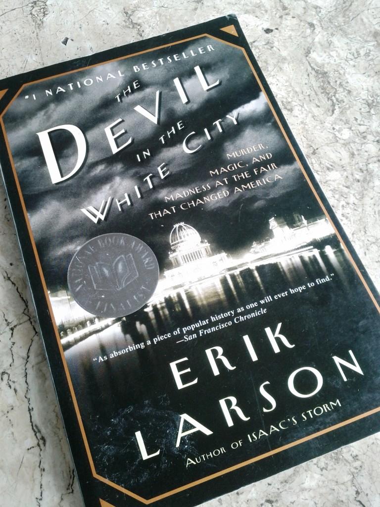 devil in the white city book cover
