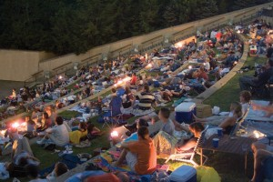 summer-nights-crowd-300x200
