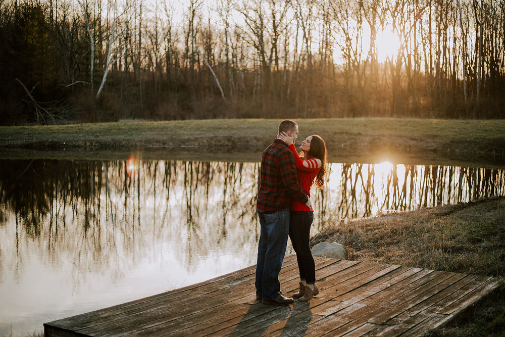 Shutter Up Studios | Wedding photographer in Crawfordsville Indiana | Sunset engagement session at the lake
