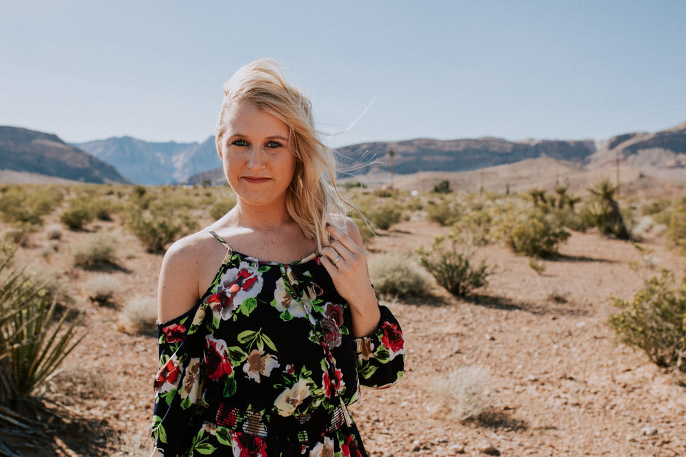 Shutter Up Studios | Photographer in Las Vegas, Nevada | Windy portraits in the desert with mountains