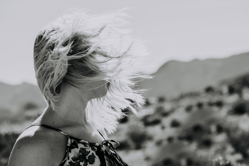 Shutter Up Studios | Photographer in Las Vegas, Nevada | Black and white dramatic windy portrait in the desert
