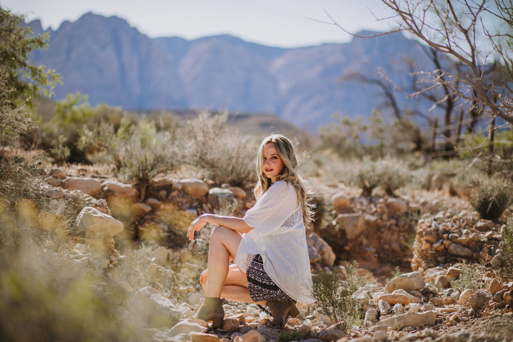 Shutter Up Studios | Photographer in Las Vegas, Nevada | Sunny desert portrait session with dress and boots