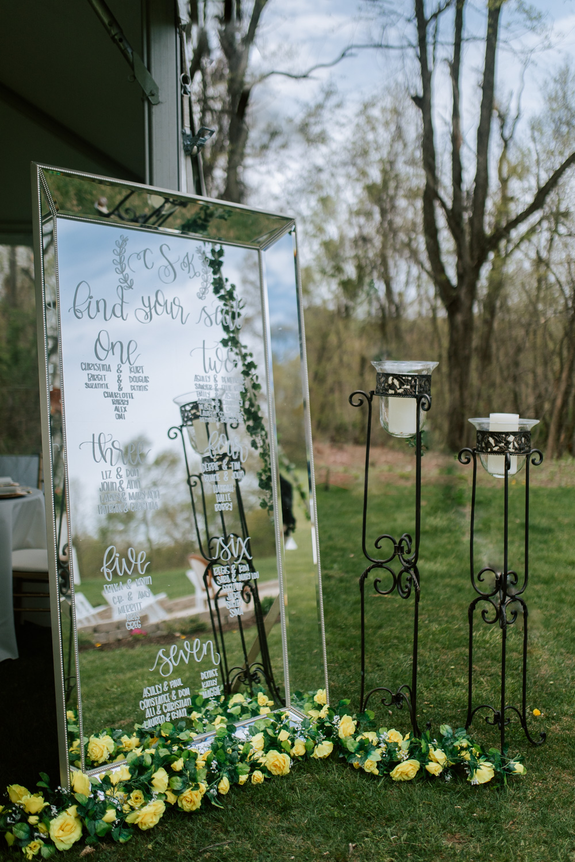 Shutter Up Studios   Wedding photographer in Pittsburgh, Pennsylvania   Elegant mirror seating chart