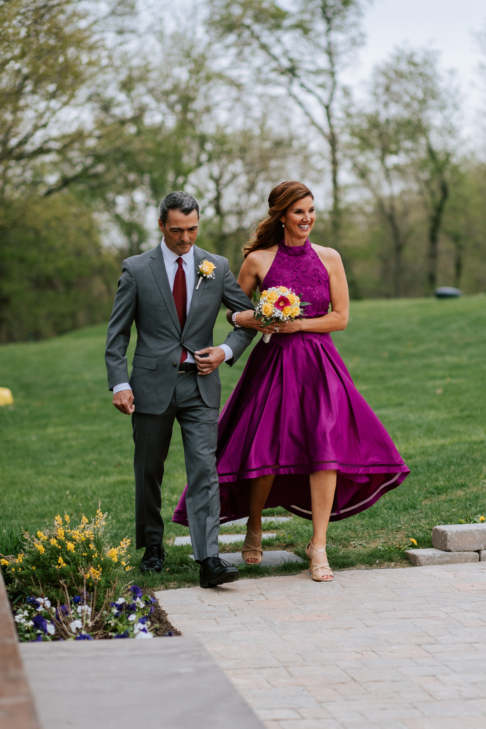 Shutter Up Studios   Wedding photographer in Pittsburgh, Pennsylvania   Outdoor rustic elegant country chic ceremony