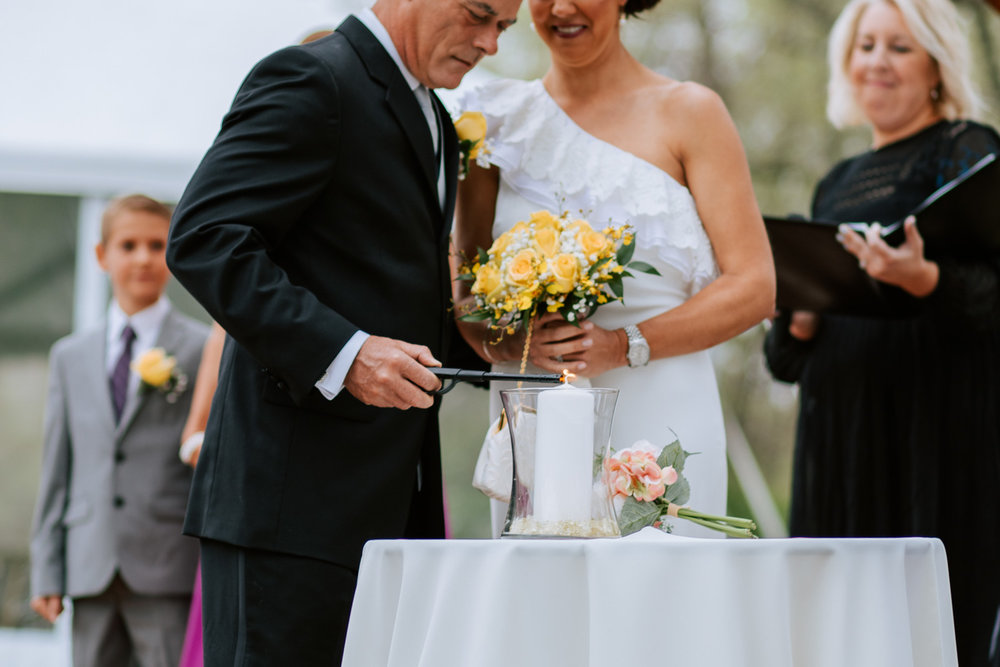 Shutter Up Studios   Wedding photographer in Pittsburgh, Pennsylvania   Outdoor rustic elegant country chic ceremony with candle memorial tribute to loved one