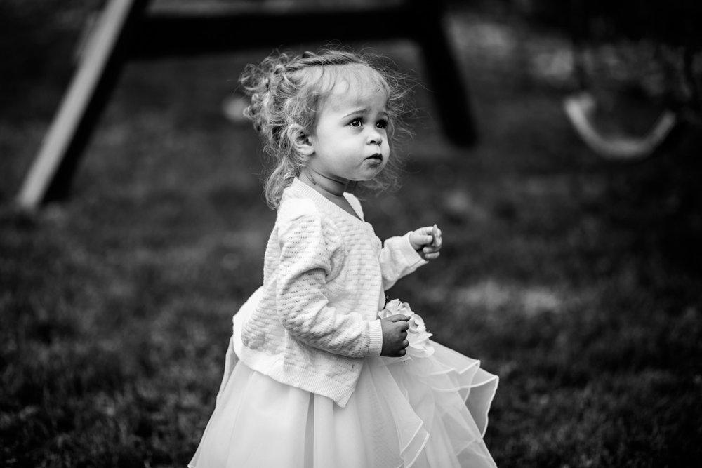 Shutter Up Studios   Wedding photographer in Pittsburgh, Pennsylvania   Black and white flower girl