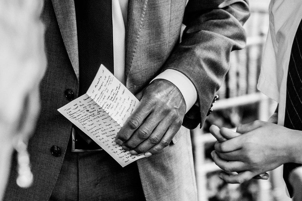Shutter Up Studios   Wedding photographer in Pittsburgh, Pennsylvania   Best man speech handwritten in black and white