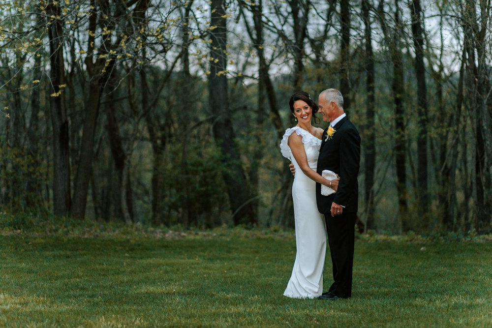 Shutter Up Studios   Wedding photographer in Pittsburgh, Pennsylvania   Bride and groom portraits at night