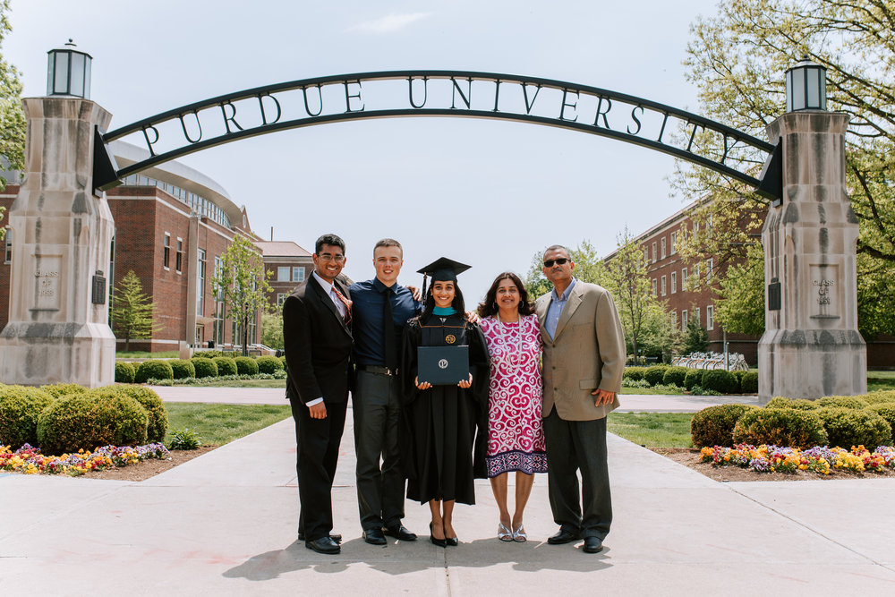 Shutter Up Studios | Family photographer in West Lafayette, Indiana | Purdue graduation