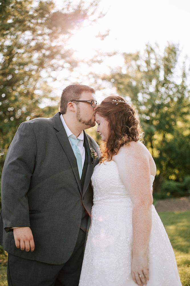 Shutter Up Studios | Wedding Photographer in Lafayette, Indiana | Barn wedding in Noblesville