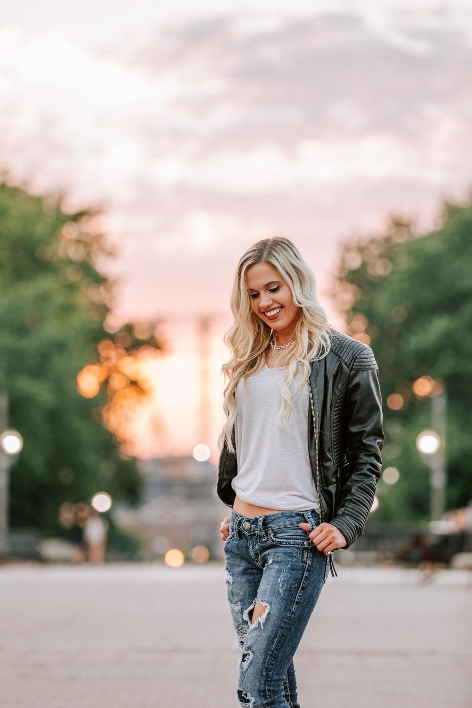 Downtown-Lafayette-Indiana-Sunset-Portraits-39.jpg