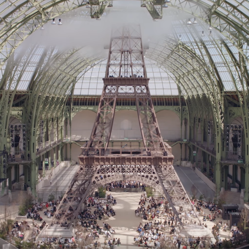 CHANEL / FALL-WINTER 2017-18 HAUTE COUTURE    Camera Operator  Director : Xavier Arias Production : Walter Films